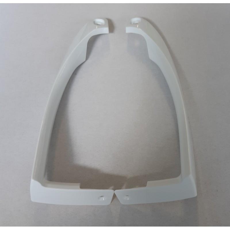 Rankena balta, plastikinė (pora) D253117-O
